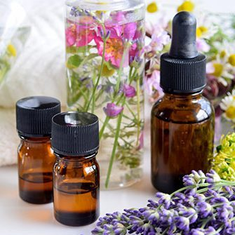 493ss_thinkstock_rf_essential_oils